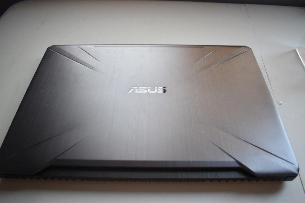laptop3.jpeg